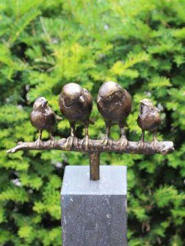 Familienspätzen Bronze inkl. Hartstein Säule 10*10*104 cm verwendet als Urne