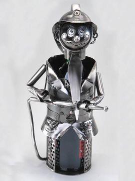 Flaschenhalter der Feuerwehrmann 33 cm. aus Metall