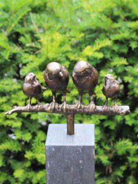Familienspätzen Bronze inkl. Hartstein Säule 12x12x100 cm