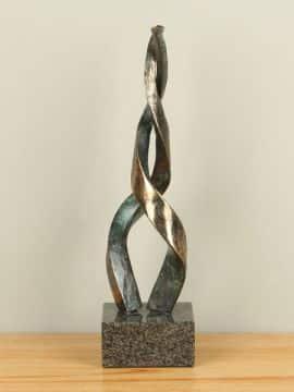 Bronze Statue Vlammen
