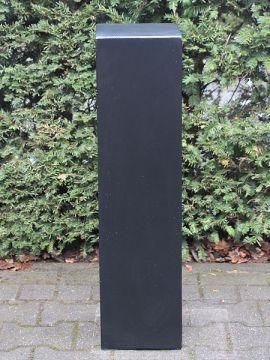 Säule schwarz