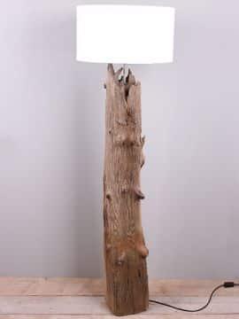 Schemerlamp op zeekering paal +/- 140 cm. incl. lampenkap