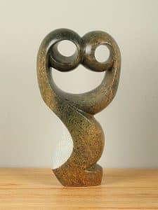Statue Proud serpentin Stein 32 cm