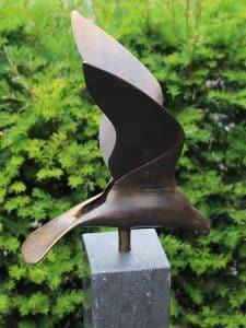 Adler Bronze inkl. Hartstein Säule 12*12*100 cm verwendet als Urne