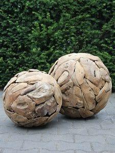 Ball Treibholz