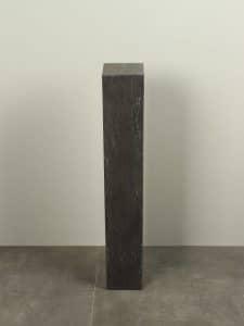 Sockel Hartstein 15*15*60 cm