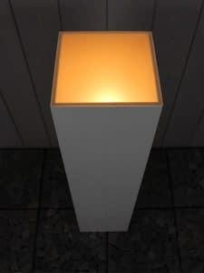 Sockel mit LED