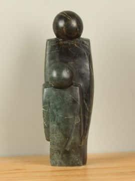 Skulptur Naturstein Parent