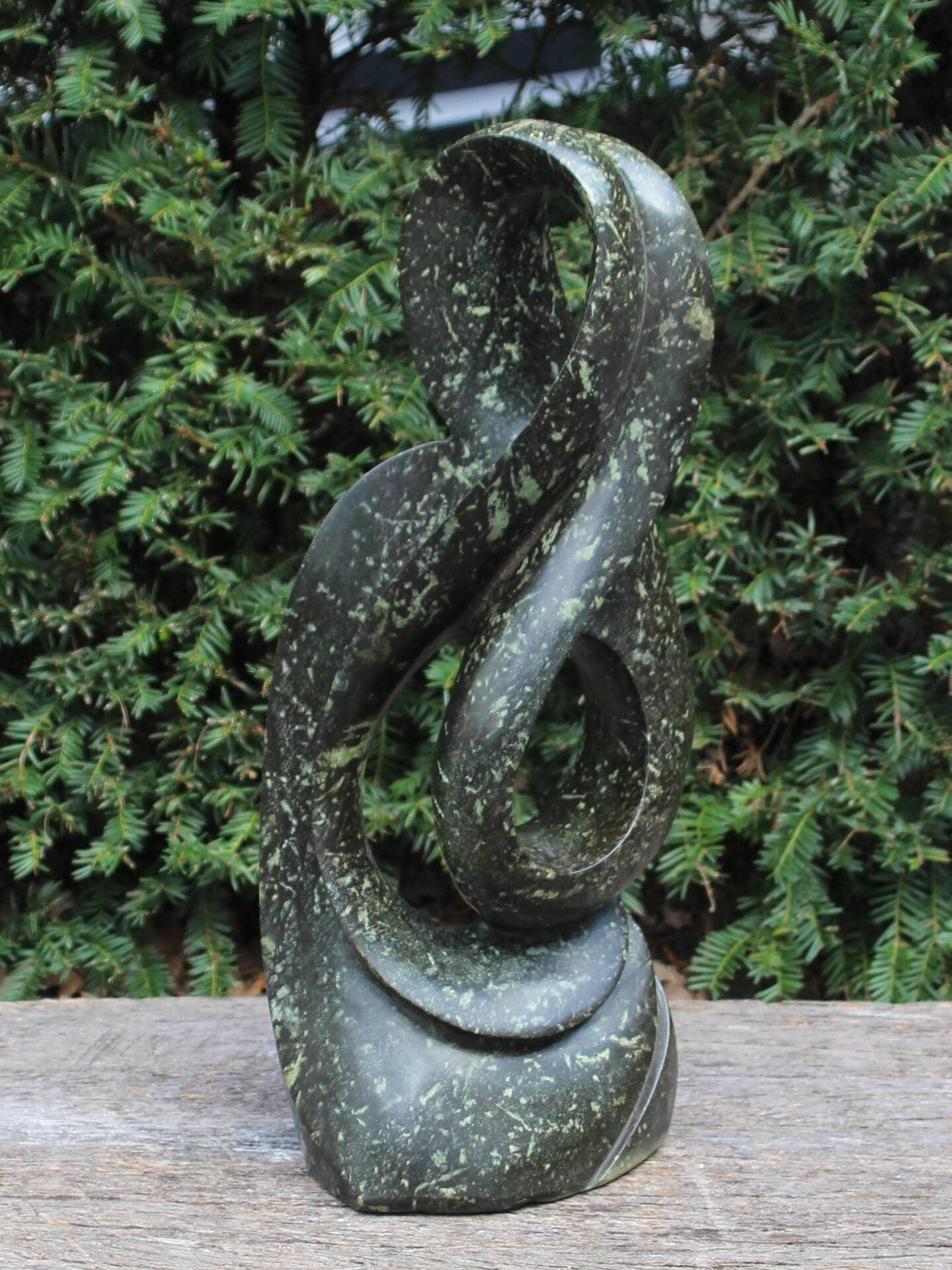 Natuurstenen beeld Wind 50 cm, cheetah jade