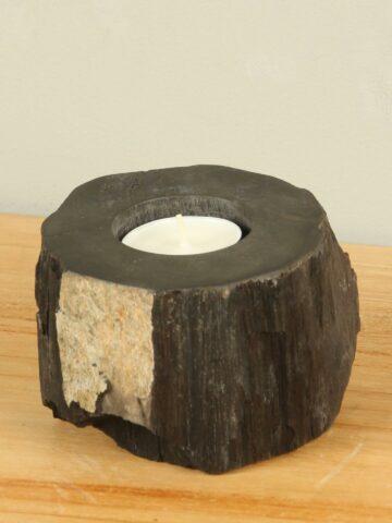 Waxinehouder versteend hout nr. 25